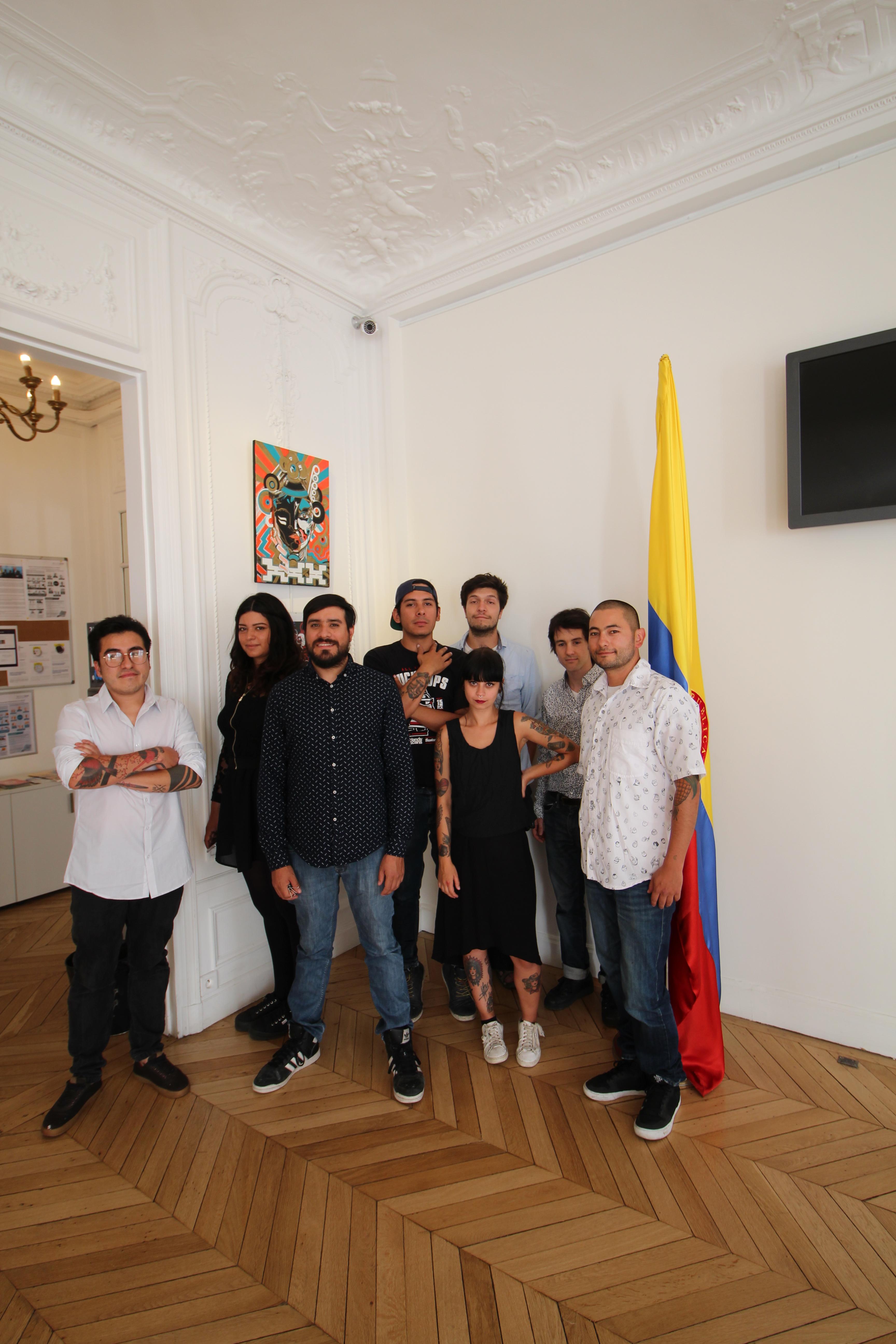 En el consulado de colombia en paris se inaugur la for Consul node js