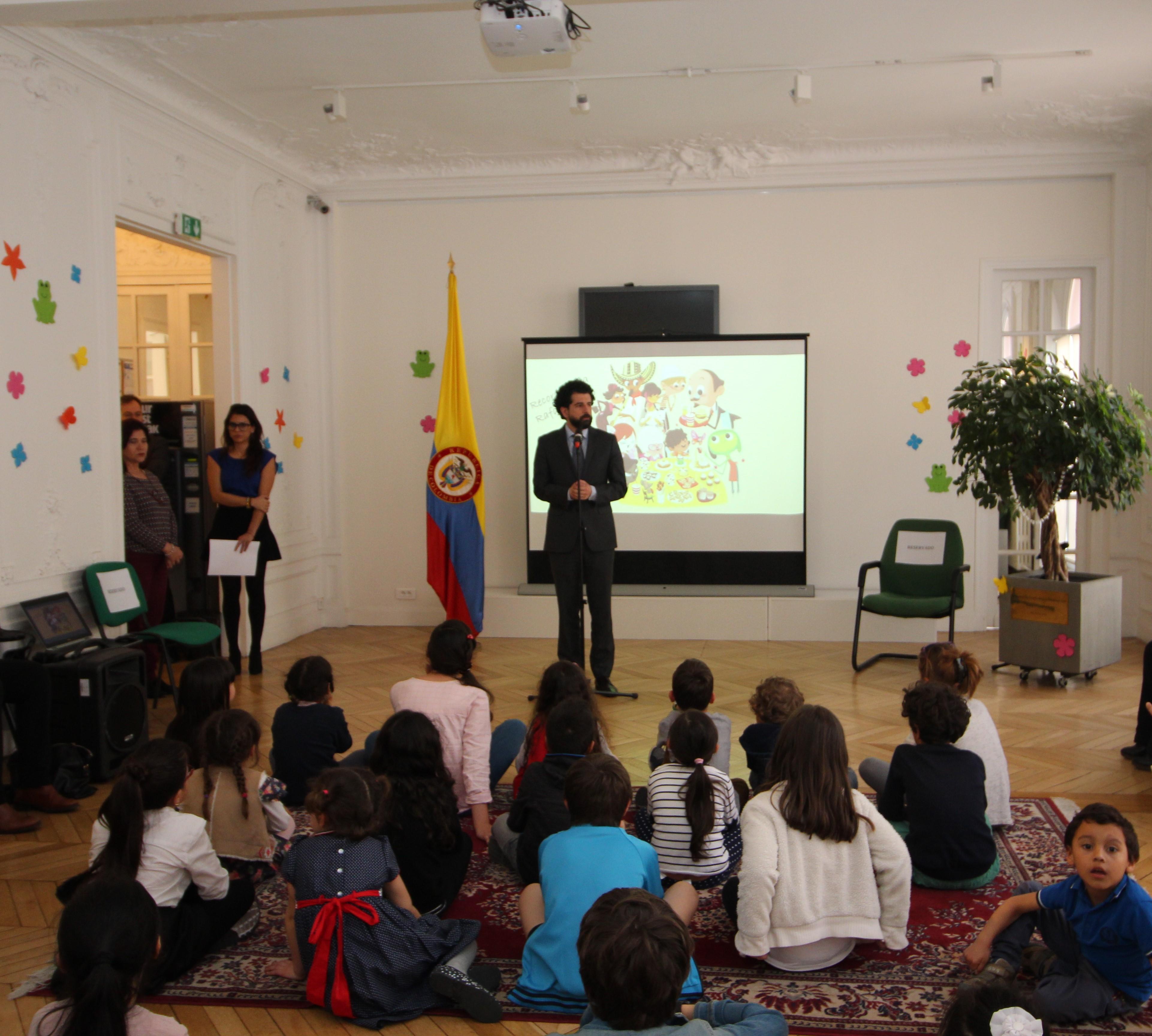 Con taller infantil el consulado de colombia en par s for Consul node js