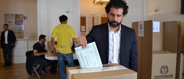 Consulado de Colombia en París inició el último día de la Consulta Anticorrupción 2018