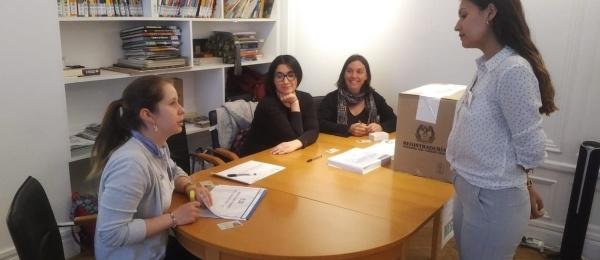 Ya pueden acercarse a votar los colombianos inscritos en el Consulado de Colombia